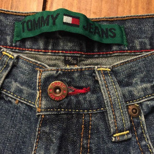Tommy Hilfiger Jeans - TOMMY HILFIGER MENS STRAIGHT FIT DENIM JEANS 28w